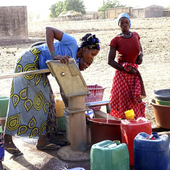 Ernährungssicherung, sauberes Trinkwasser und Verbesserung des Einkommens